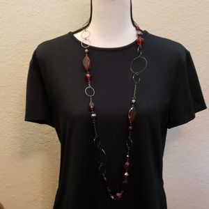 Candie's red beaded and charcoal circle necklace
